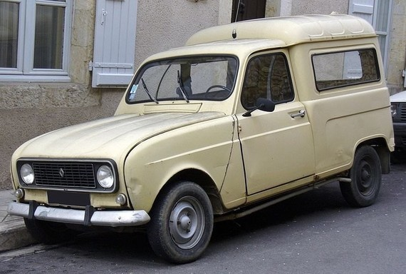 800px-Renault_4_F4