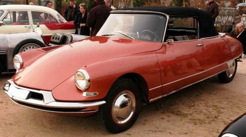 N°1 - DS 19 cabriolet - 1961 - UH g