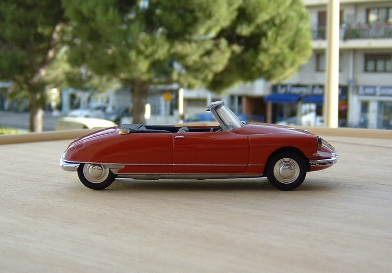 N°1 - DS 19 cabriolet - 1961 - UH c