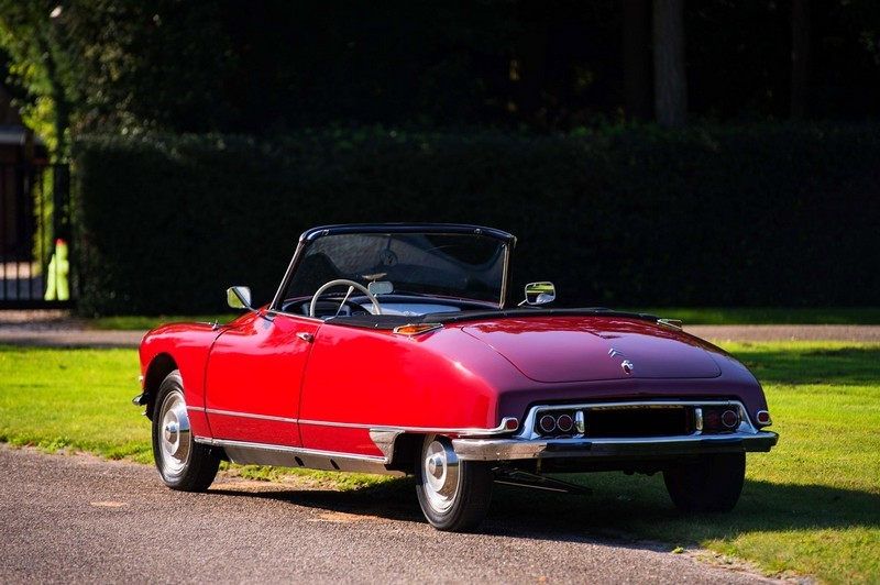 N°1 - DS 19 cabriolet - 1961 - UH h