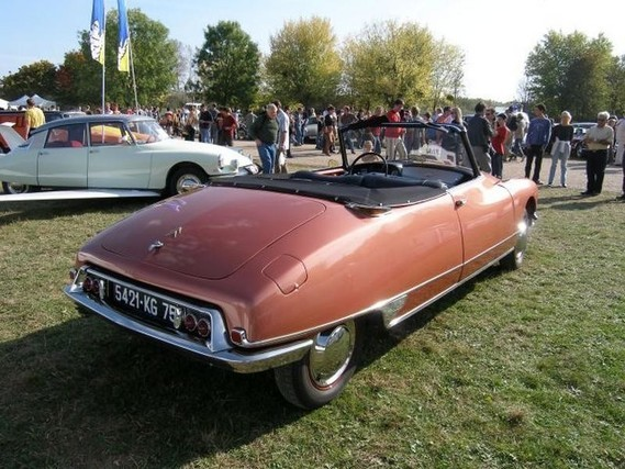 N°1 - DS 19 cabriolet - 1961 h