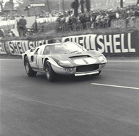 Ford-GT-40-3