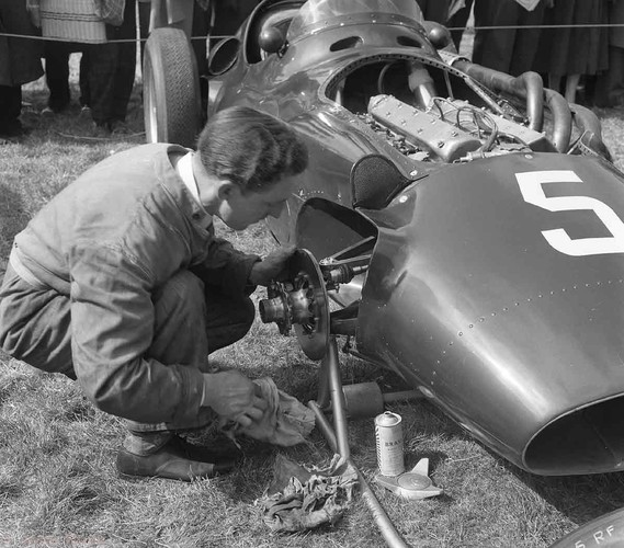 1956 -BRM - Tony Brooks