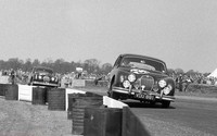 Silverstone - May 58 - 33 Mike Hawthorn - Jaguar 3-4 and 34 Tommy Sopwith - Jaguar 3-4