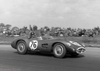 Silverstone - Daily Express 57 - Tony Brooks - Aston Martin DBR1 2