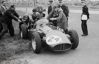 Silverstone 56- BRM - Tony Brooks with Mike anthony and John Ross- Photograph by Graham Gauld