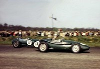 Silverstone 58 -  17 - Graham Hill - Lotus, 15 Connaught