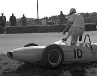 Zandvoort - May 1962 - Masten Gregory - Lotus 18-21 retires
