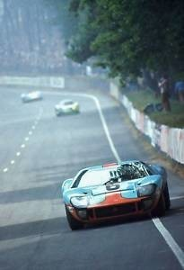 FORD GT 40  n° 6 LM 69 (8)