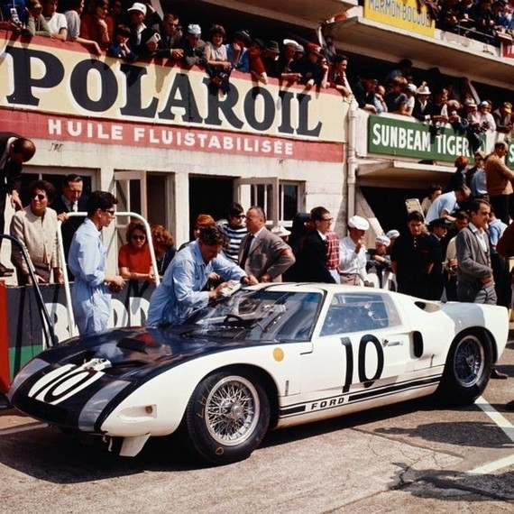 FORD GT 40 n° 10 LM 64