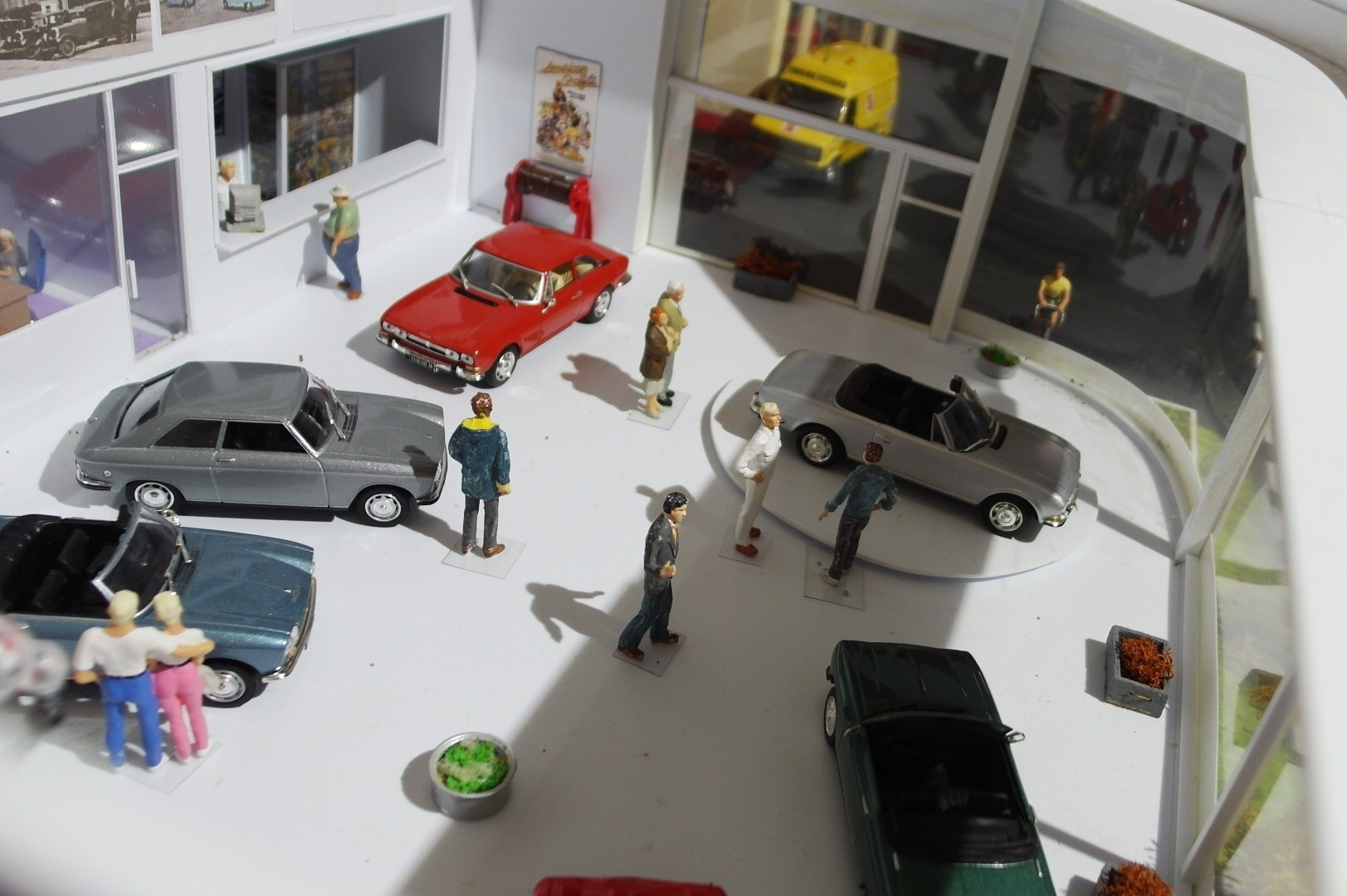 Miniatures les collections en librairie page 5796 for Garage audi tours