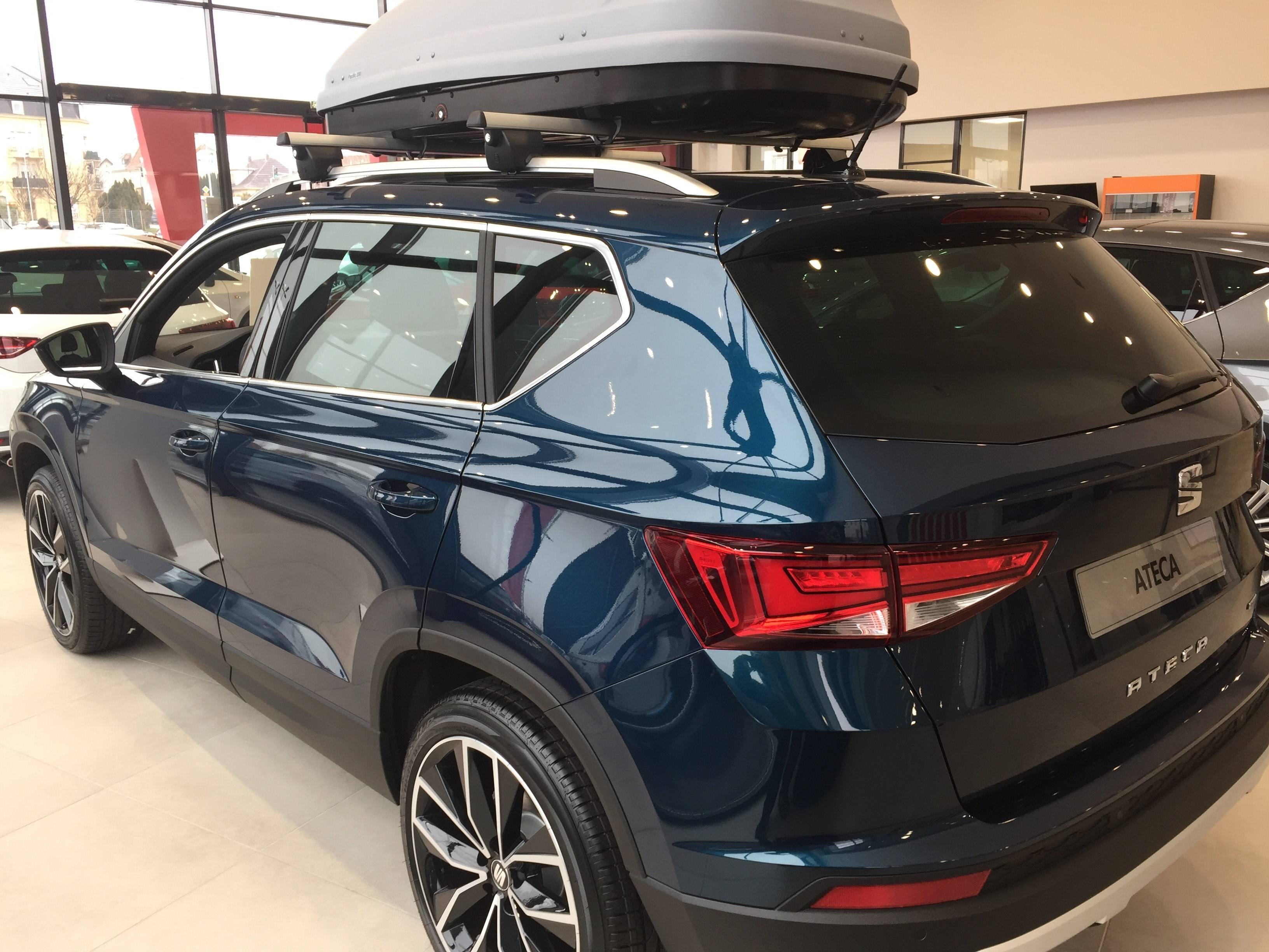 ateca xcellence 2 0 tdi 190 dsg 4drive 2017 bleu lave pr sentation ateca seat forum. Black Bedroom Furniture Sets. Home Design Ideas