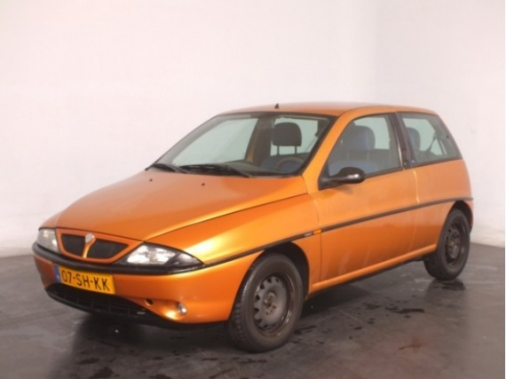 Lancia_Ypsilon_Orange metallic