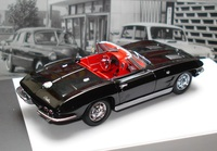 MINICHAMPS_CHEVROLET_CORVETTE_1963