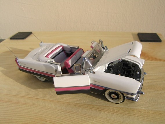 Packard Caribbean Convertible 1955 Franklin Mint  (6)
