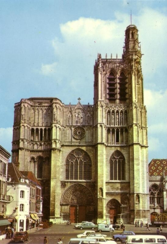 Sens Cathedrale 1100 R4 fgtte