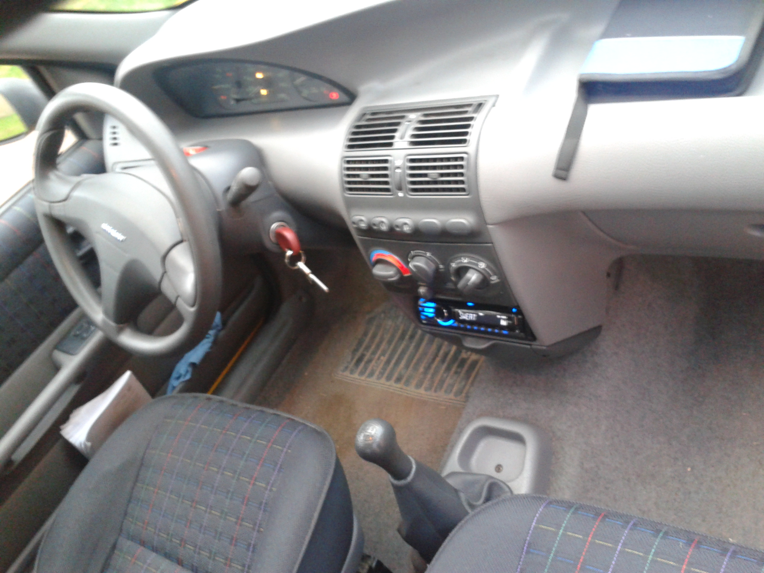 fiat punto interieur 2 fiat punto simon71 photos