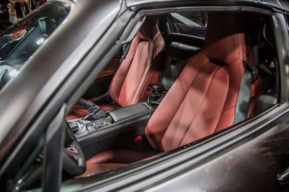 2017-Mazda-MX-5-Miata-RF-on-stage-interior-seats