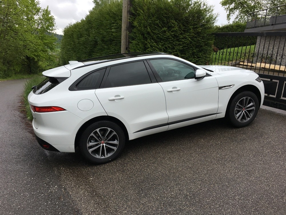 avis retours d 39 exp rience sur jaguar f pace f pace jaguar forum marques. Black Bedroom Furniture Sets. Home Design Ideas