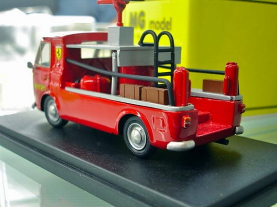 MG Model MG18 Fiat 238 Pick Up Ferrari Team Firemen 1 43 FACTORY nBBR AMR ABC MR_02