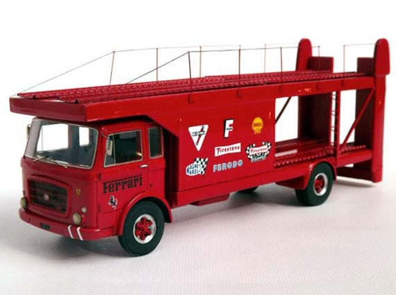 ABC143 - OM 150 BISARCA Transporteur FERRARI car 1971 SHORT WHEELBASE