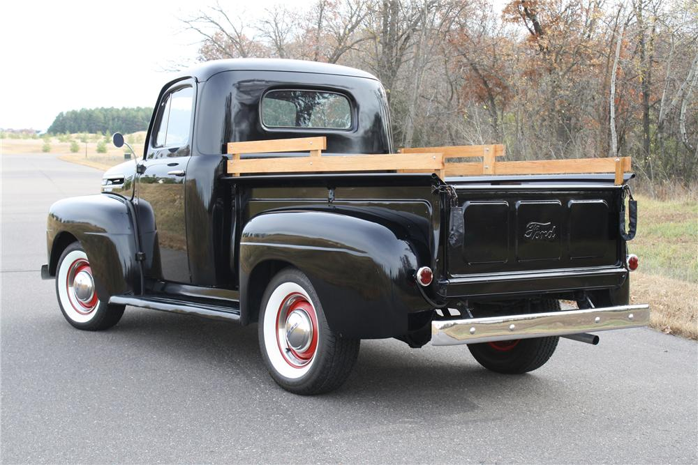 1950 ford f 1 pickup 1 photos de voitures gilou71 photos club. Black Bedroom Furniture Sets. Home Design Ideas