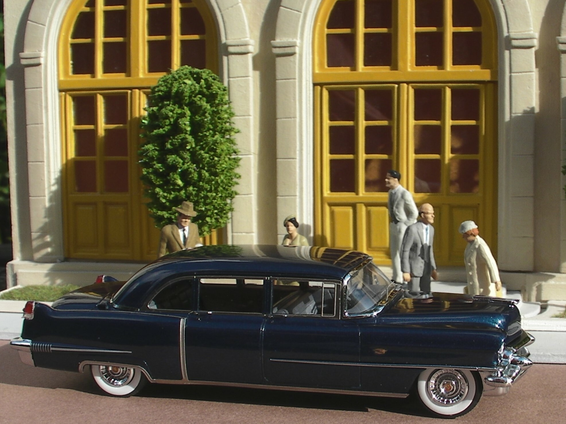 Cadillac 56 Serries 75 Fleetwood Limousine (1)