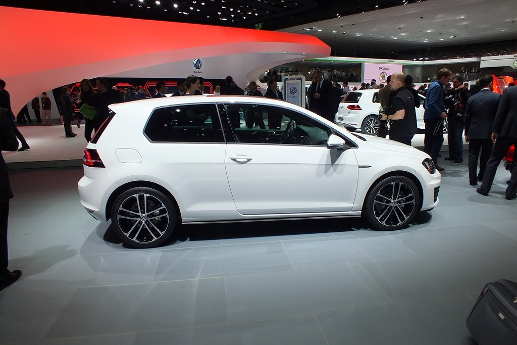 s0 en direct de geneve 2013 la volkswagen golf 7 gtd l alter ego de la gti 287714 copier. Black Bedroom Furniture Sets. Home Design Ideas