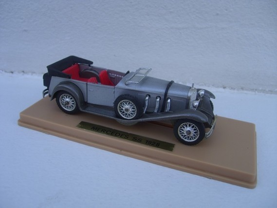 Mercedes SS 1928 Solido