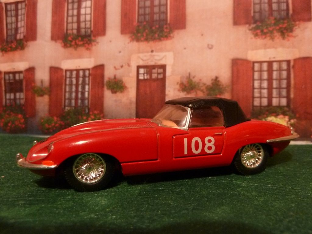 Jag E Type Red