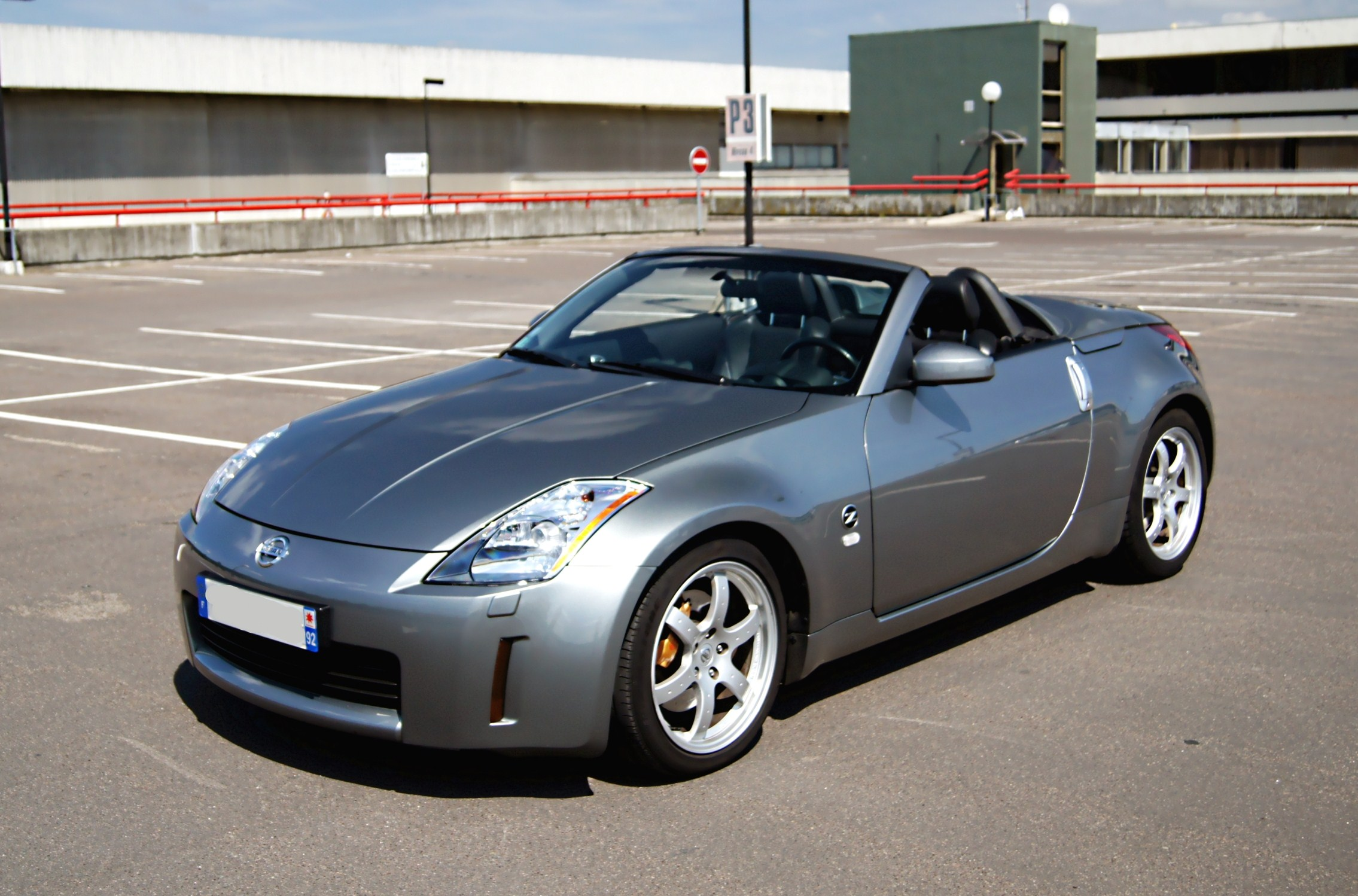 nissan 350z roadster pack 07 2005 54400 kms 14 500 vente voitures annonces auto et. Black Bedroom Furniture Sets. Home Design Ideas