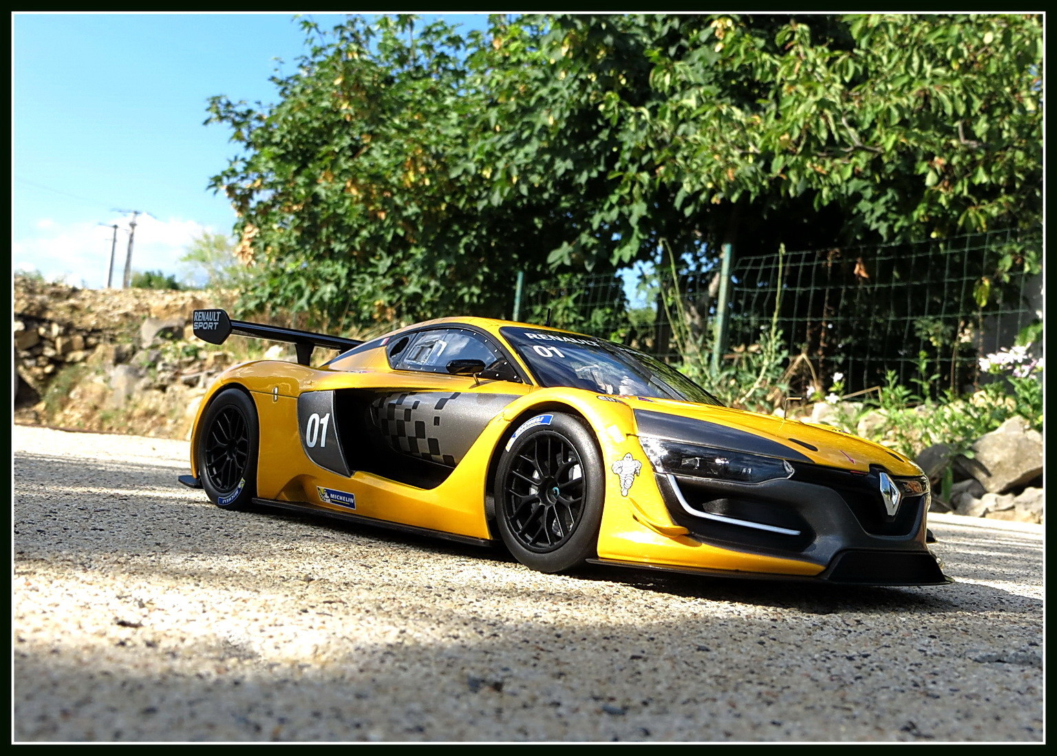 renault-rs 01-2015-003