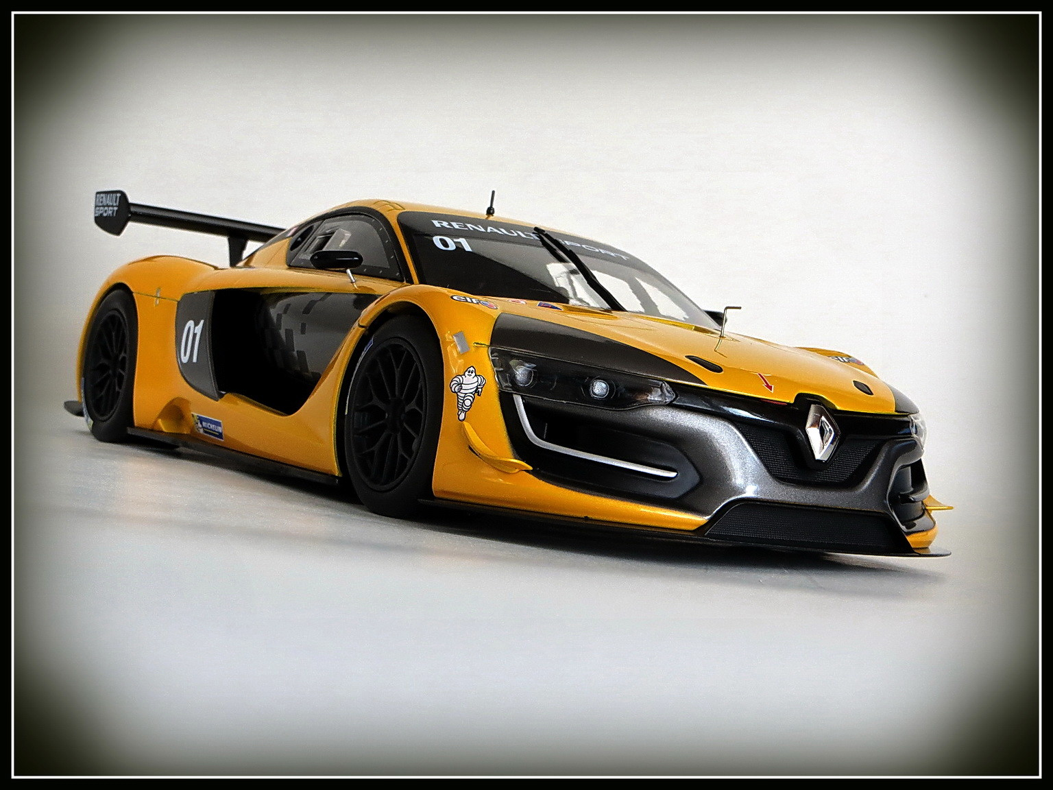renault-rs 01-2015-005