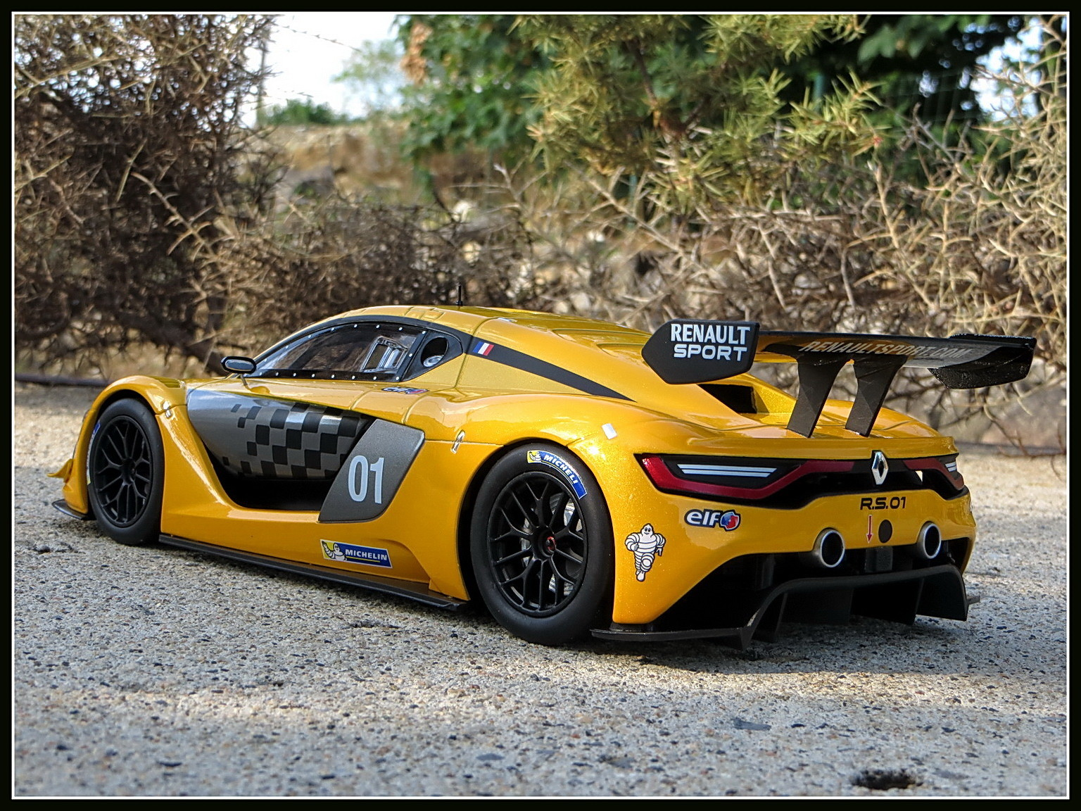 renault-rs 01-2015-007