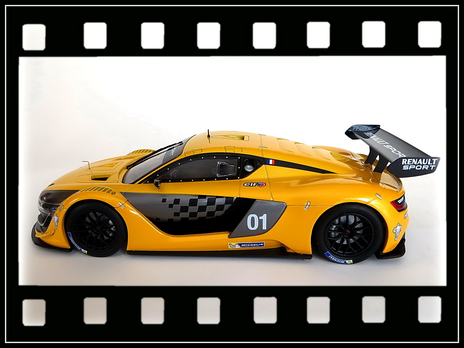 renault-rs 01-2015-010
