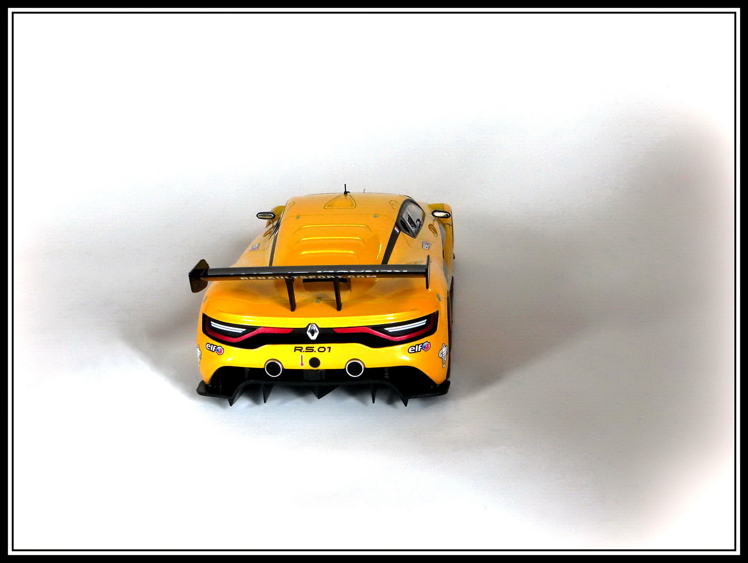 renault-rs 01-2015-012