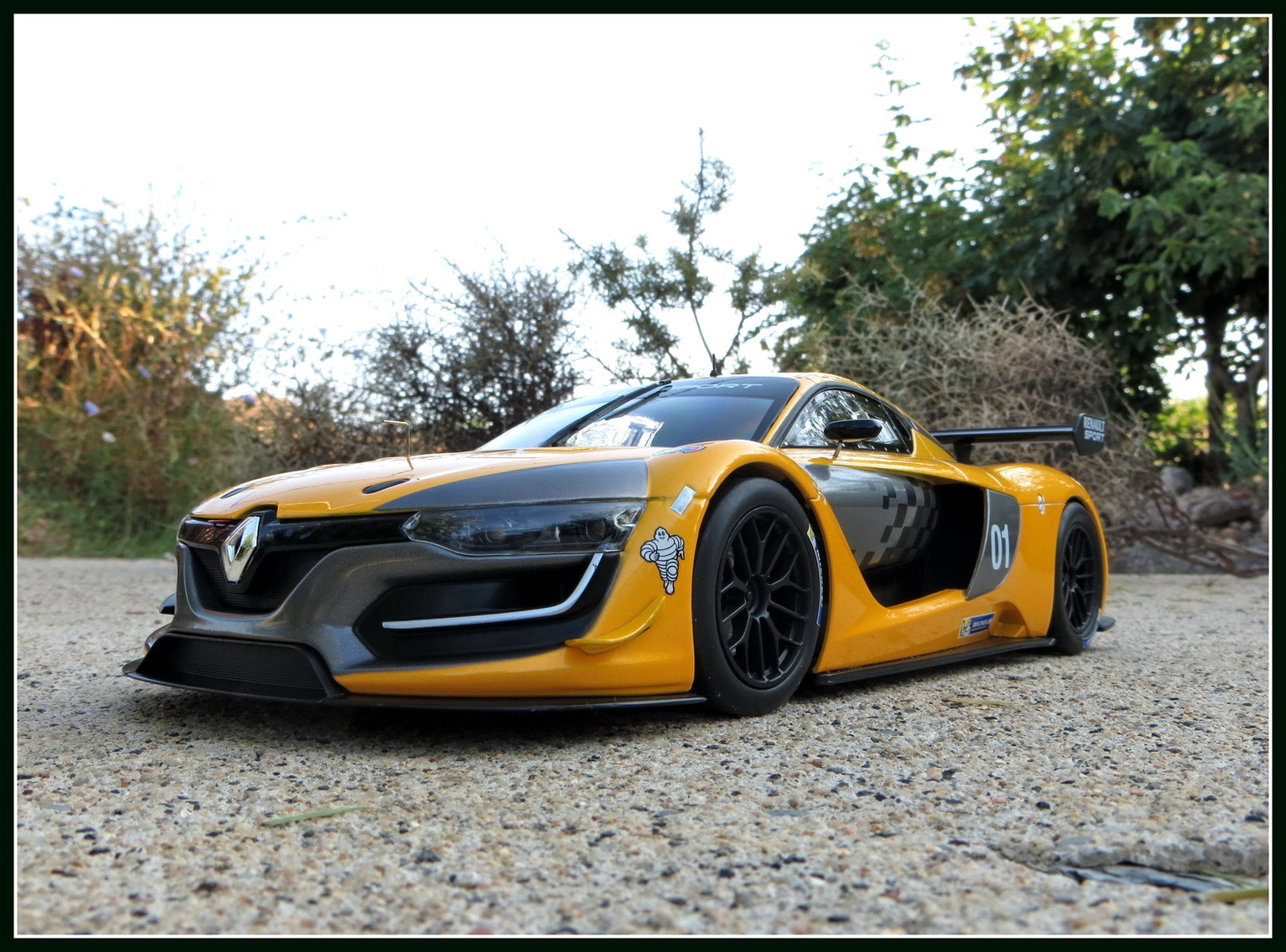 renault-rs 01-2015-013