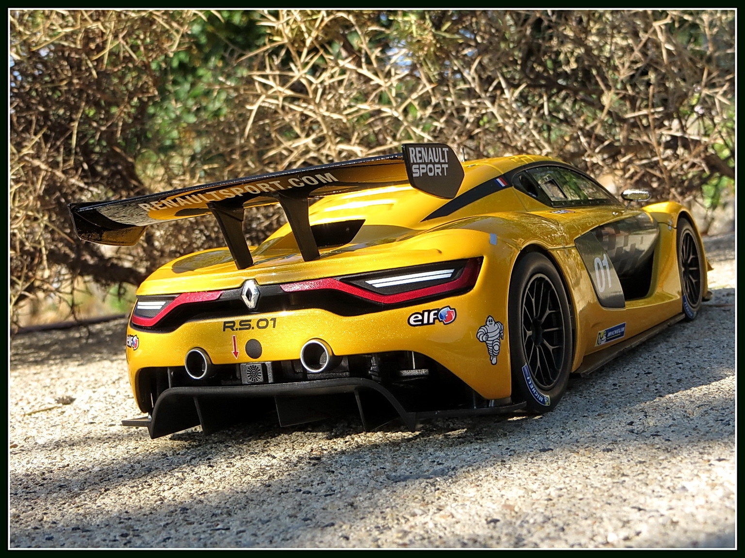 renault-rs 01-2015-014