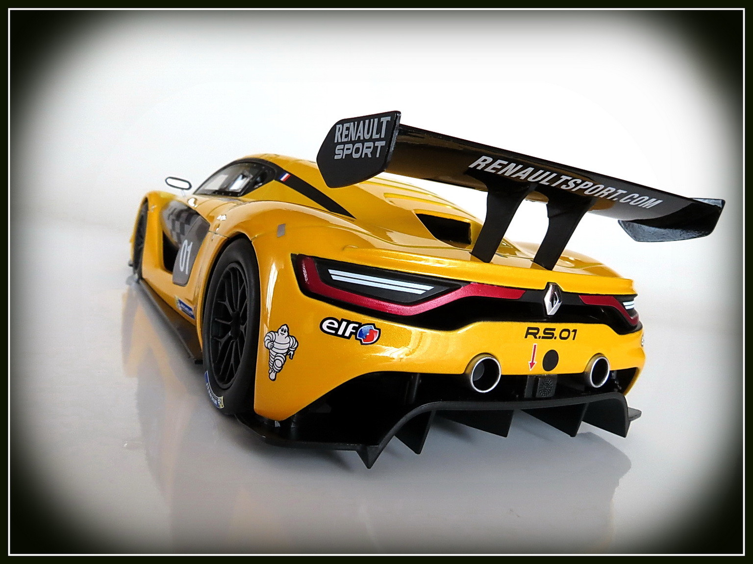 renault-rs 01-2015-015