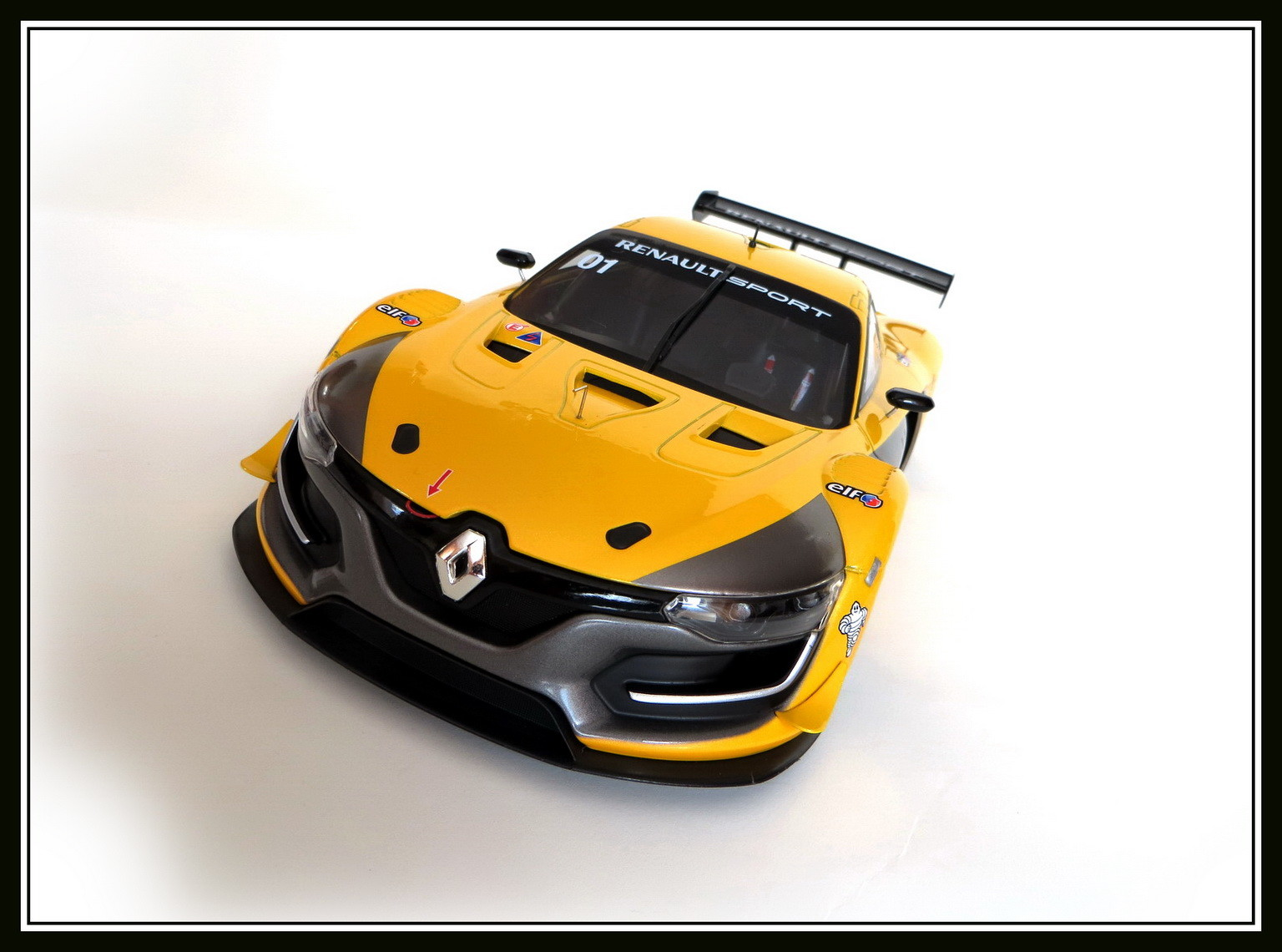 renault-rs 01-2015-025