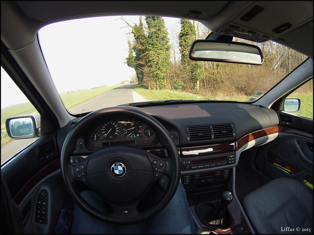 BMW 530i Driver's view