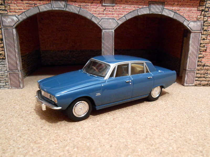 1966 Rover P6a 2000 TC (Vanguards) 01