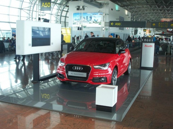 A1 Sportback airport
