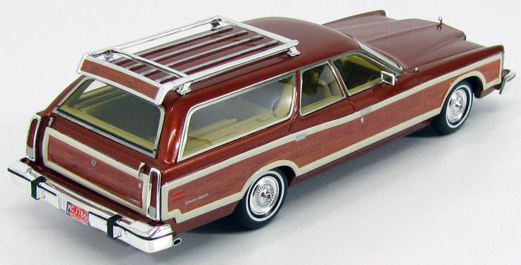 Ford LTD Country Squire '78 Chamois Met