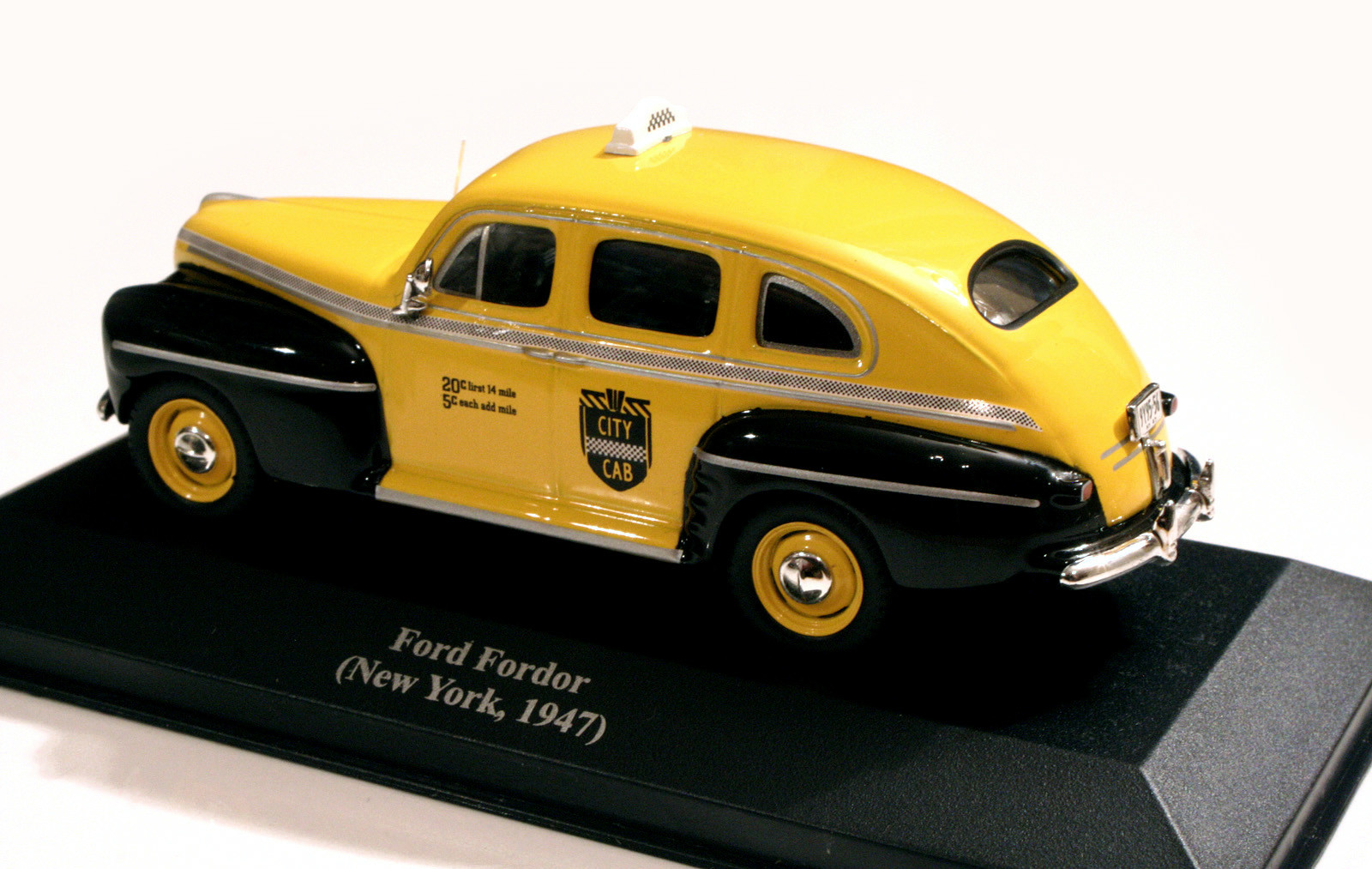 Ford Fordor '46 NYC Cab