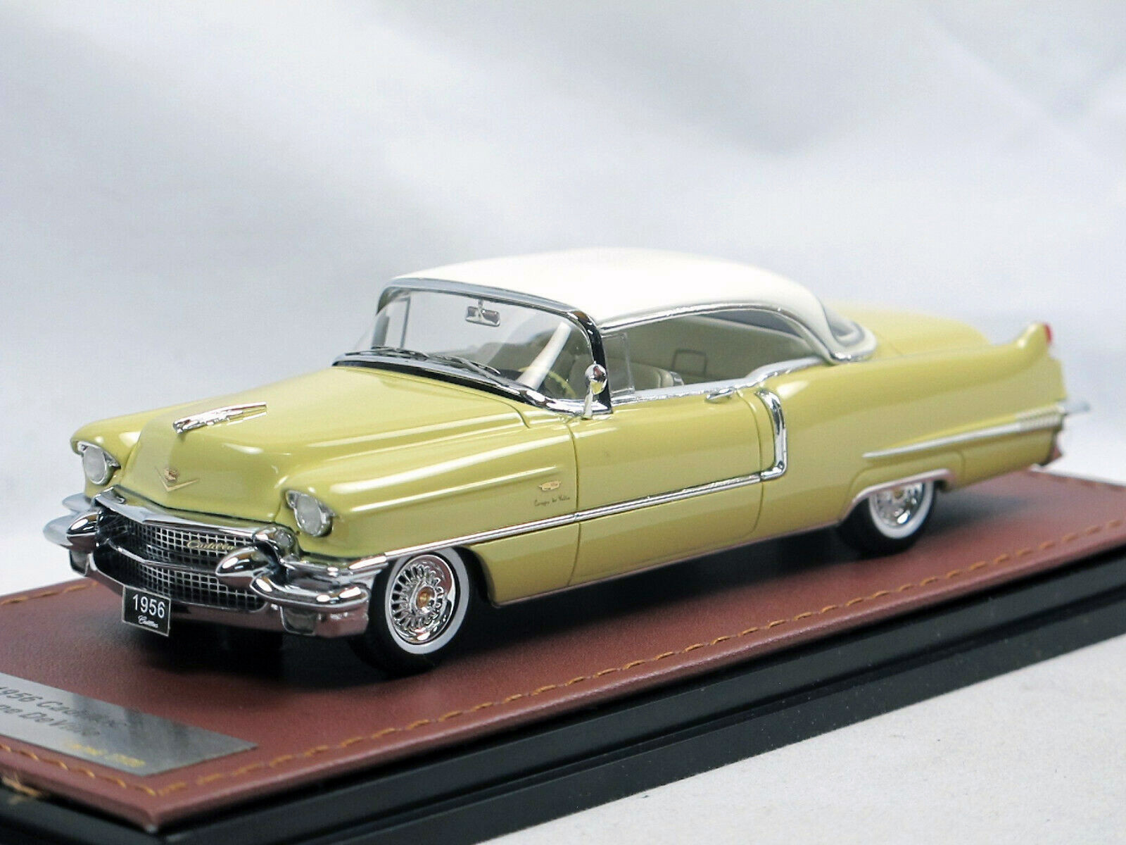 Cadillac Coupe DeVille '56 Goddess Gold & White_Ltd Ed 1 of 60_GLM119402