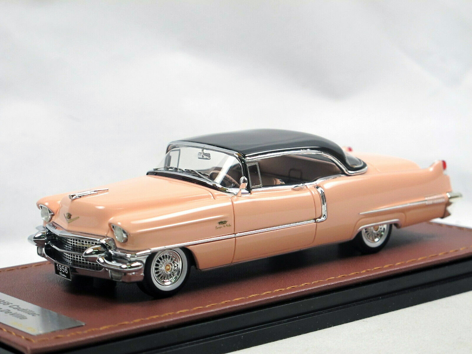 Cadillac Coupe DeVille '56 Mountain Laurel & Black_Ltd Ed 1 of 60_GLM119403