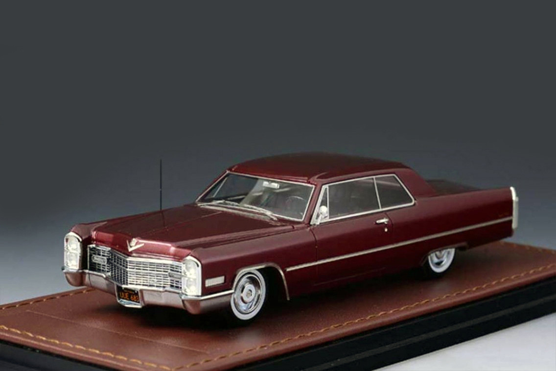 Cadillac DeVille '66 Coupe Dk Red_GLM120101