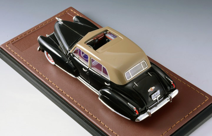 Cadillac Series 60 '41 Special Black & Brown_GLM118901