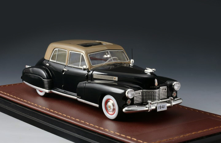 Cadillac Series 60 '41 Special Black & Brown_GLM118901_05